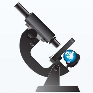 Микроскоп рассматривает планету земля